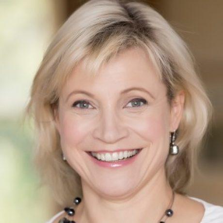 Profile picture of Ms Anna-Jane Peterson
